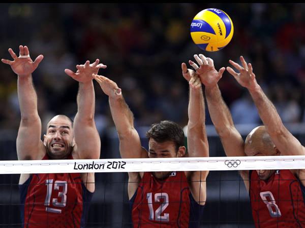 Hướng dẫn cách chắn bóng chuyền chuẩn trong thi đấu