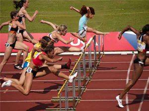 Tìm hiểu bộ môn chạy vượt rào trong điền kinh