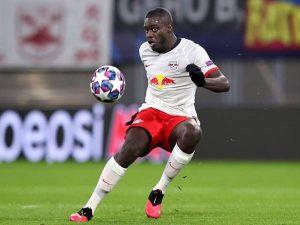 Tin bóng đá 16/11: Man United nhận tin buồn từ mục tiêu Upamecano
