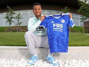 Bóng đá Quốc tế chiều 16/7: Ryan Bertrand ký hợp đồng với Leicester